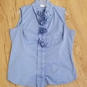 New York & Company Sleeveless Button Down Blouse